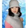 Женские шапки, светло –серый комплект