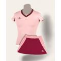 Розовая спортивная форма